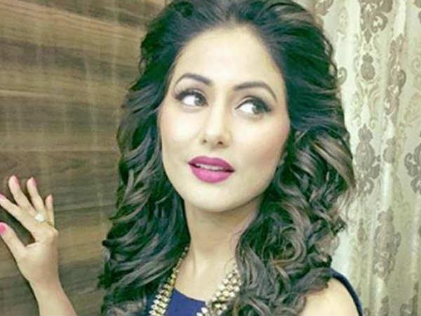 हिना खान का नया 'पार्टनर'..पोस्ट की सेल्फी!