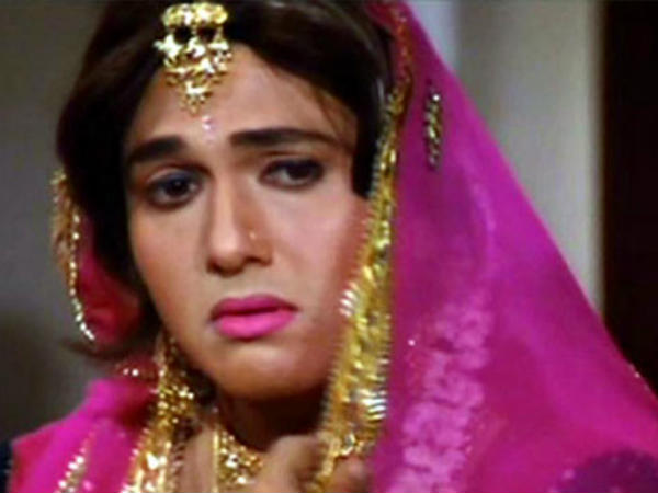 Bollywood actors cross dressed