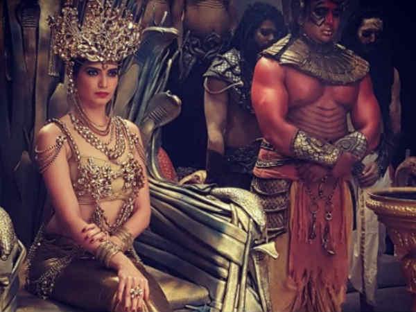 #PICS-ये होंगी टीवी की सबसे ताकतवर नागिन..मौनी रॉय को ज़बर्दस्त टक्कर!