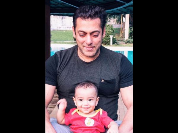 Awwww.. सलमान खान की 'सुपरक्यूट' PIC.. हफ्ते की बेहतरीन शुरुआत!