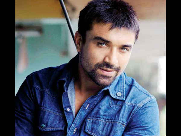 ajaz-khan-arrested-sending-obscene-pictures-to-a-woman
