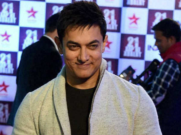 demonetisation-has-not-affected-me-i-use-credit-card-says-aamir-khan
