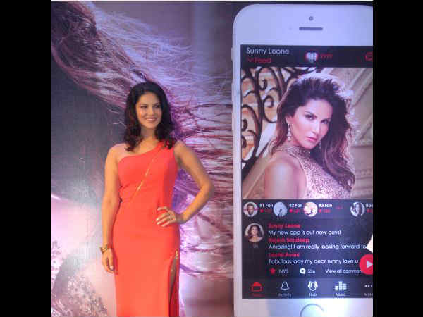 sunny-leone-launch-her-own-mobile-app