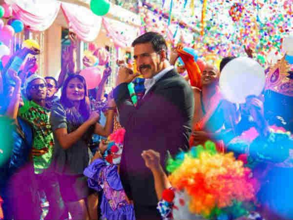 देखिए अक्षय कुमार का रंगीन, खुशमिज़ाज और जॉली वीडियो