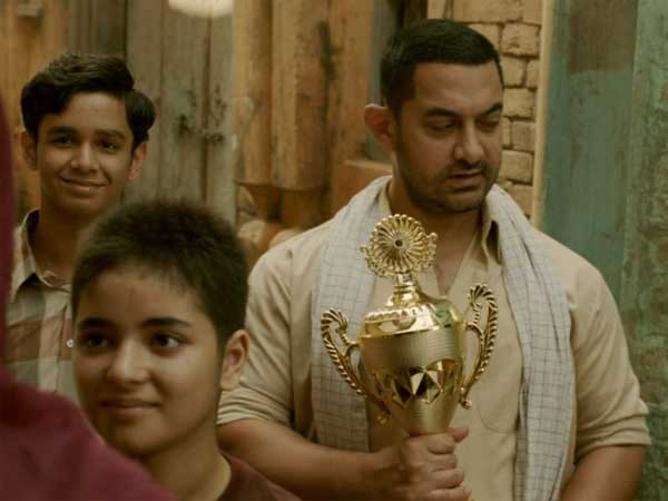 aamir-khan-slams-commercial-awards