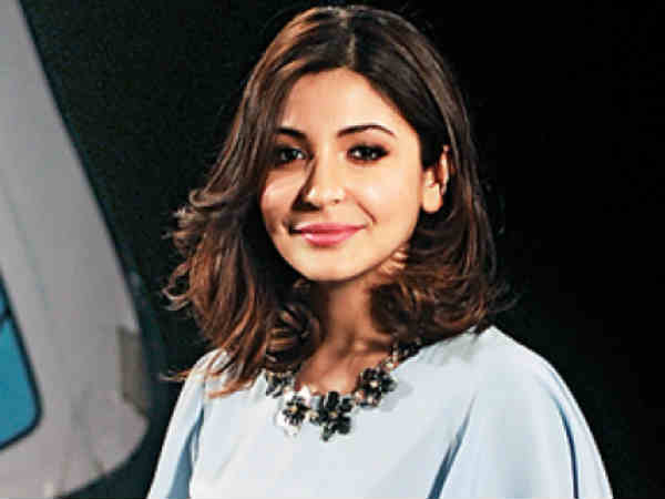 anushka-sharma-becomes-the-female-face-pm-modi-s-swachh-bharat-abhiyan