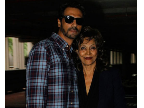 arjun-rampal-s-mother-beats-cancer
