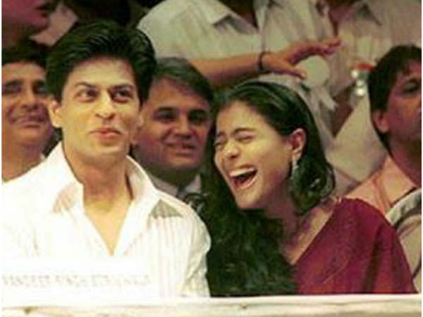 shahrukh-khan-cracks-a-bad-joke-again-about-kajol