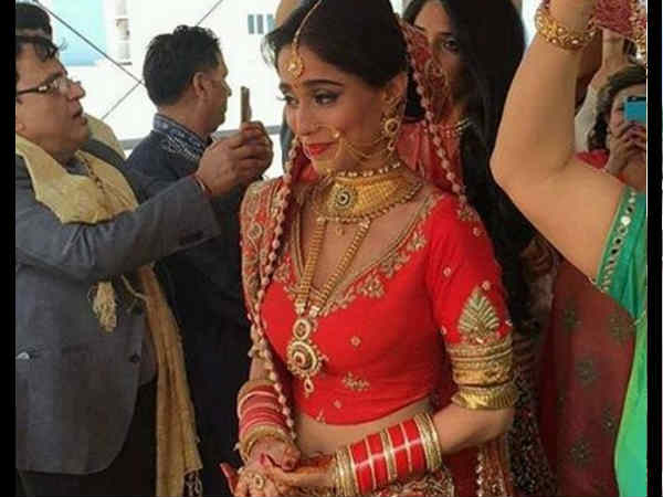 star plus actress navya aka Soumya Seth gets MARRIED