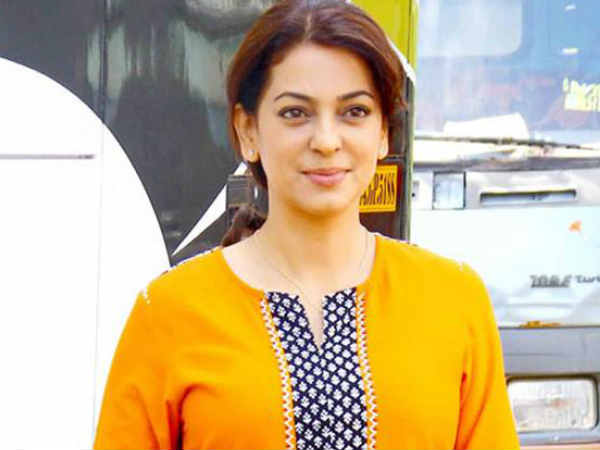 don-t-know-if-i-have-guts-write-an-autobiography-says-juhi-chawla