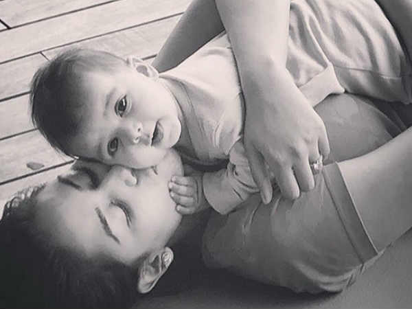 shahid-kapoor-just-shared-the-first-photo-misha-she-is-damn-cute