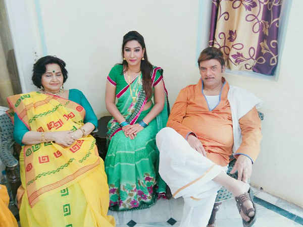 comedian-ritu-pandey-is-rising-star-of-bhojpuri-cinema