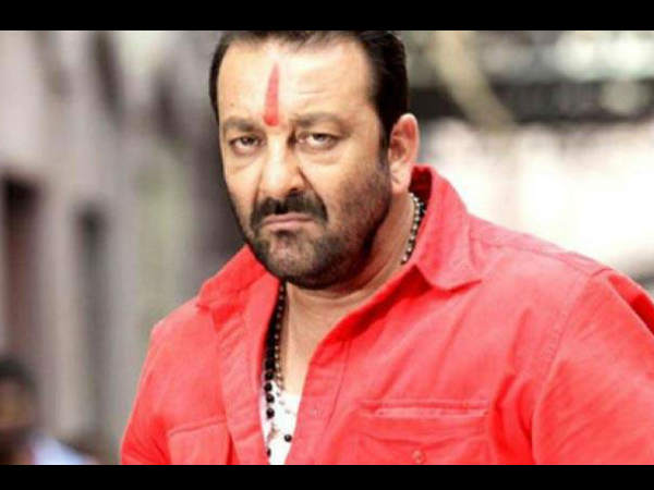 sanjay-dutts-bodyguards-beat-up-media-on-the-sets-of-bhoomi