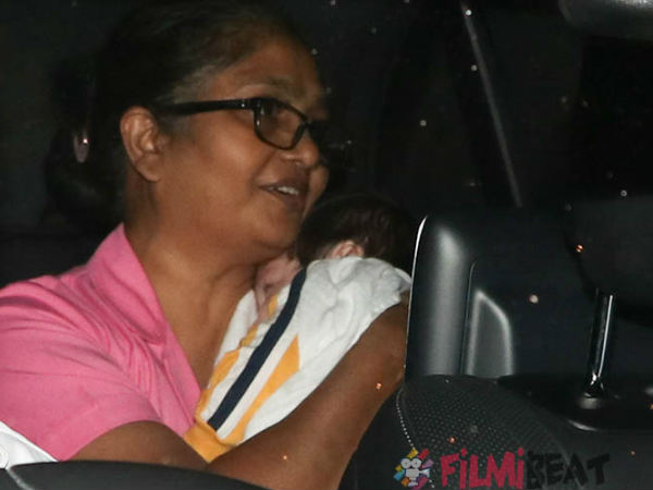 kareena-kapoor-take-son-taimur-out-for-first-drive-see-pics