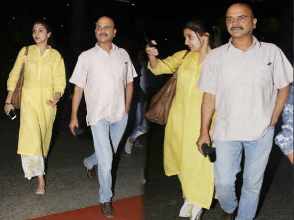 anushka sharma spotted at airport with father - Hindi Filmibeat