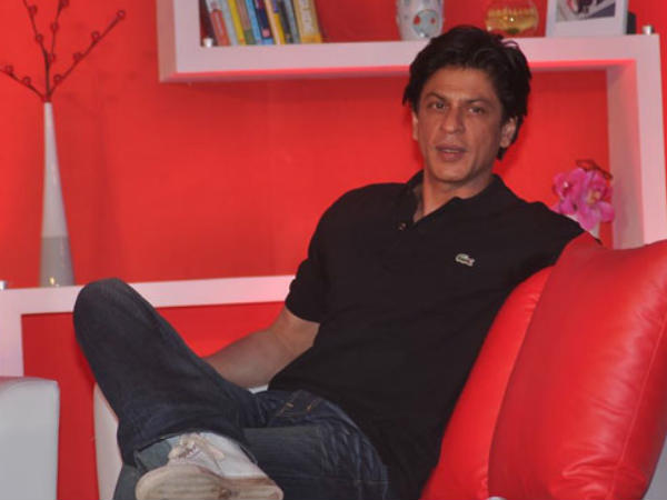 shahrukh-khan-is-ignoring-farah-khan-s-next-film-after-happy-new-year