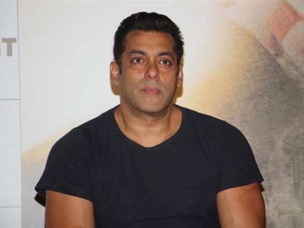 salman-khan-statement-on-om-puri-and-baahubali-during-tubelight-trailer-launching-event
