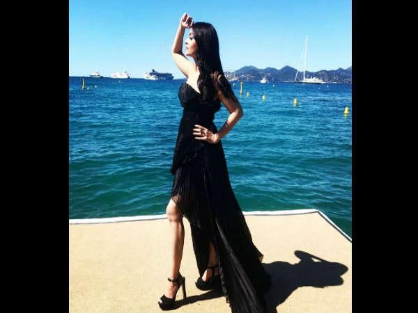 #Cannes2017 - दूसरे दिन HOT अंदाज में नजर आईं ऐश्वर्या राय..शानदार
