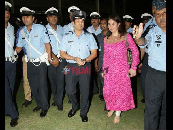 सचिन तेंदुलकर ने देश के 'रियल हीरो' के लिए रखी स्पेशल स्क्रिनिंग
