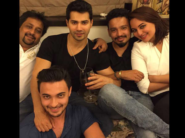 varun-dhawan-is-training-aayush-sharma-for-bollywood-debut