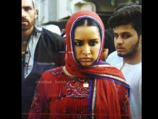 shraddha-kapoor-s-leaked-picture-from-the-sets-haseena