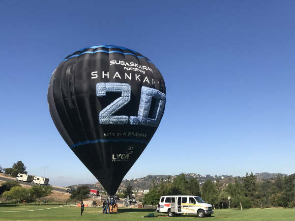rajinikanth-and-akshay-kumar-starrer-2-0-movie-promotion-started-with-with-100-ft-hot-air-balloon