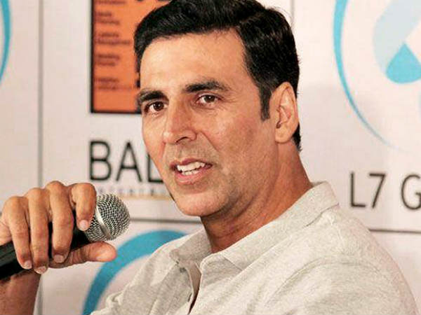 ''ना मेरी फिल्म में अक्षय कुमार हैं.. ना ही कोई खान स्टार....''