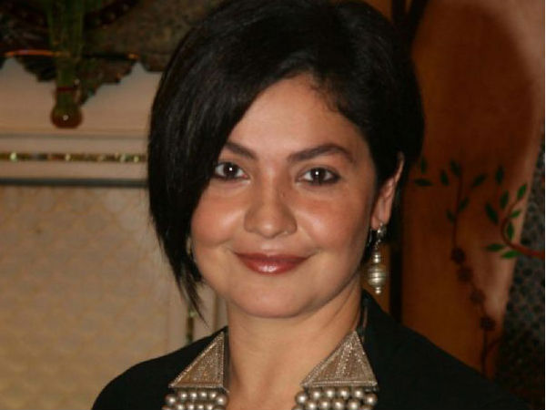 pooja-bhatt-will-play-the-role-of-alcoholic-cop-again-read-detail