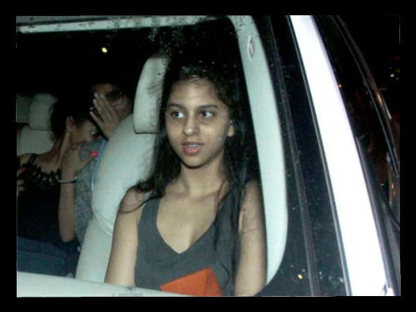 shahrukh-khan-daughter-suhana-spotted-with-her-friends