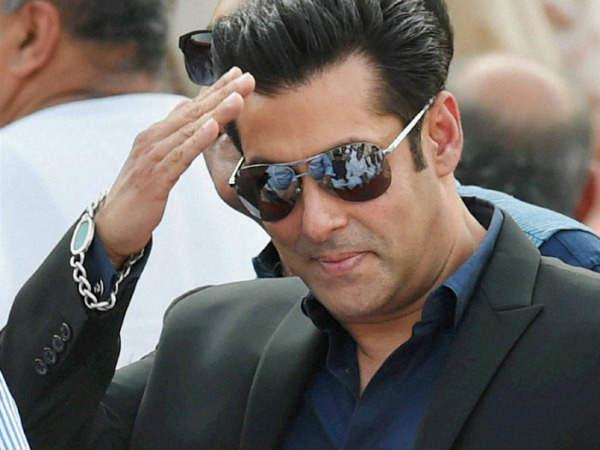 अक्षय कुमार के बाद.. अब सलमान खान के साथ फिल्म करनी है....!