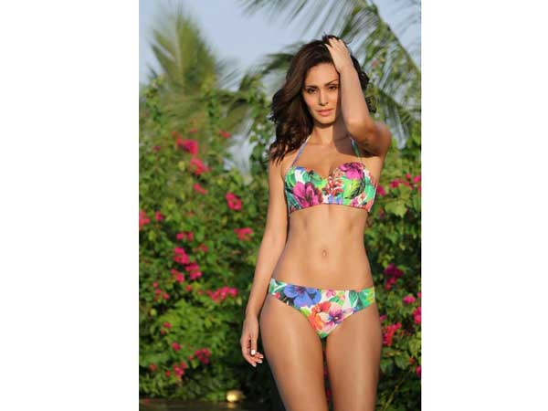 bruna-abdullah-s-floral-bikini-pictures-are-must-watch