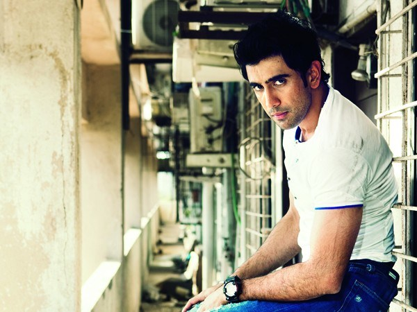 amit-sadh-talks-about-working-with-akshay-kumar