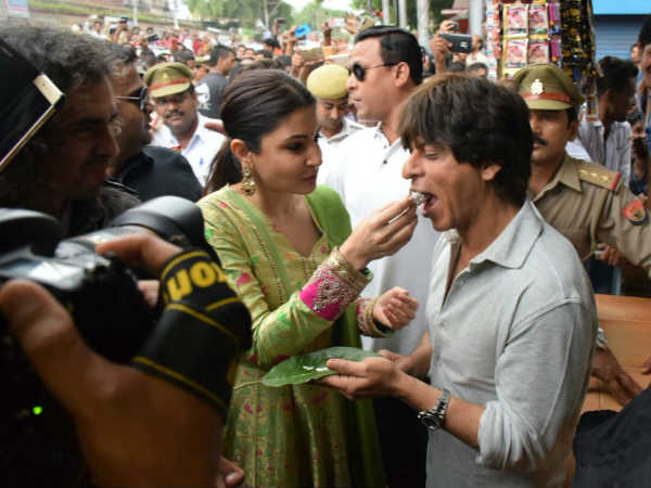 shahrukh-khan-anushka-sharma-promote-jab-harry-met-sejal-you-will-wish-for-don-3