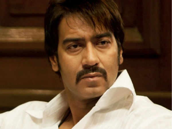 ajay-devgn-is-left-embarrassed-at-an-event-forgets-his-own-film