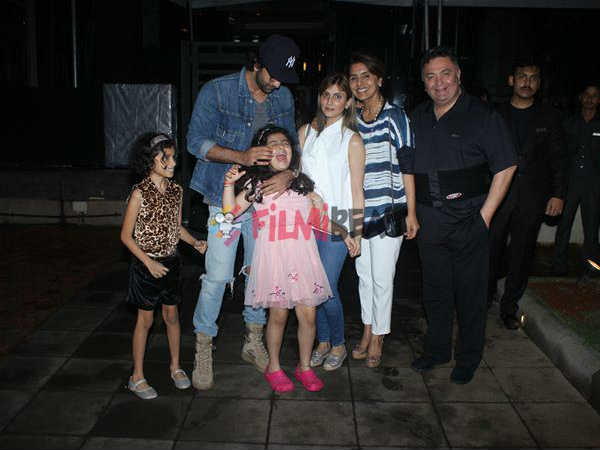 ranbir-kapoor-spotted-with-niece-samara-at-family-dinner
