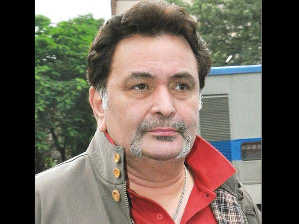 rishi-kapoor-on-fire-caught-in-rk-studio
