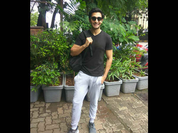 vinod-mehra-son-rohan-mehra-spotted-outside-gym
