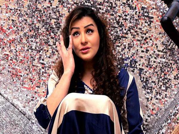 शिल्पा शिंदे ने किया BIGG BOSS शो का पर्दाफाश..चौंकाने वाला VIDEO