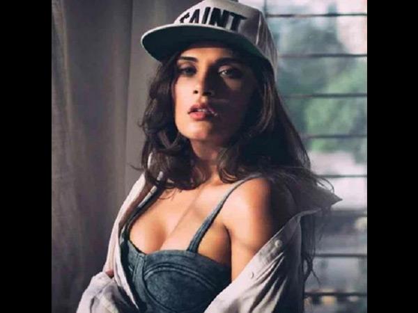 'शकीला' कैलेंडर 2019- ऋचा चड्ढा का सुपर हॉट एंड सेक्सी अवतार- एक, दो नहीं, पूरे 12 तस्वीरें