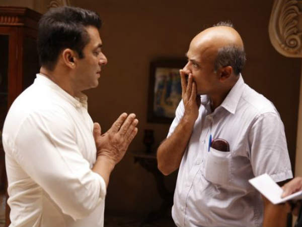 sooraj-barjatya-is-one-most-successful-director-bollywood-know-how