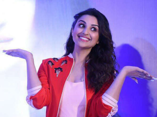parineeti-chopra-refuses-rumors-of-being-approached-for-housefull-4