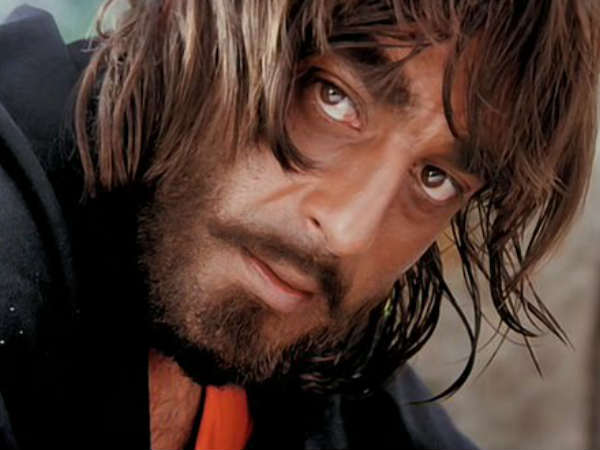 these-4-controversies-sanjay-dutt-life-will-not-be-revealed-in-Sanju