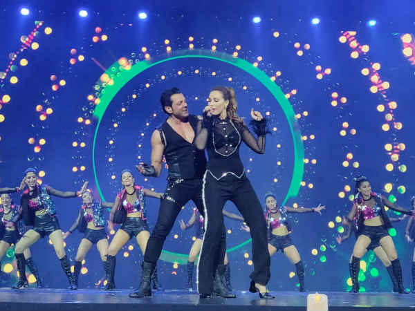 iifa-awards-2018-bobby-deol-iulia-vantur-dance-race-3-songs