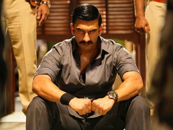 Just In: दबंग और सिंघम को पीछे छोड़ने के लिए आ चुके हैं रणवीर सिंह, सिंबा का नया लुक!