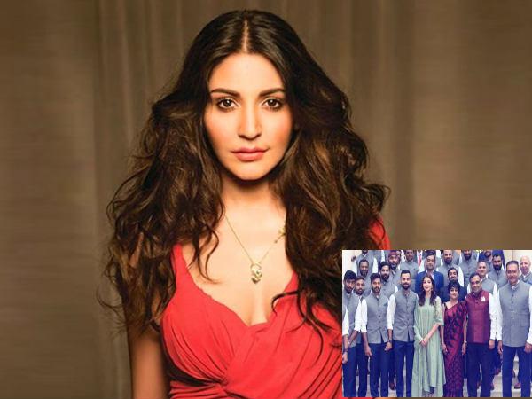 टीम इंडिया के साथ तस्वीर पर ट्रोल अनुष्का ने दिया ऐसा जवाब, उतर जाएगें ट्रोलर्स के चेहरे