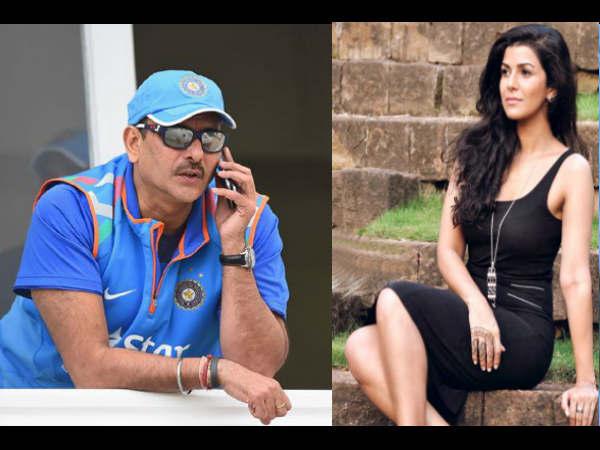 अक्षय कुमार की इस हीरोइन से चल रहा है इंडियन क्रिकेट टीम के कोच रवि शास्त्री का अफेयर ?