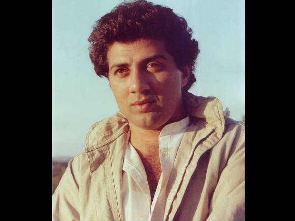 sunny-deol-was-rejected-two-super-actresses-bollywood-once