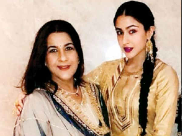 amrita-singh-has-asked-your-help-for-daughter-sara-ali-khan-s-debut-film-kedarnath