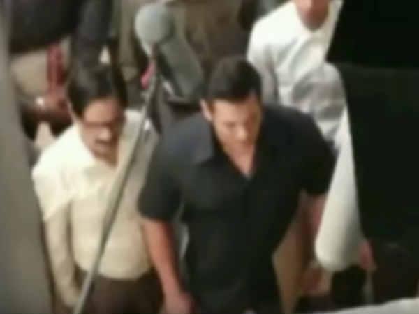 LEAKED: सलमान खान की भारत का एक सीन लीक, अक्षय कुमार को मिलेगी धमाकेदार टक्कर