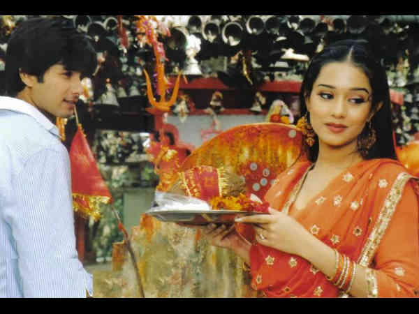 shahid-kapoor-amrita-rao-film-vivah-clocks-12-years-know-intersting-facts